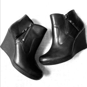 Ugg Platform Wedge Heel Black Leather Ankle Boots